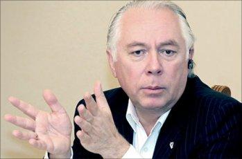 Представители ФК «Открытие» могли заключить с топ-менеджером трехлетний контракт.